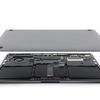 13インチMacBook Pro(Late 2016)分解 はんだ付けメモリ・交換可能なSSD・小容量バッテリー